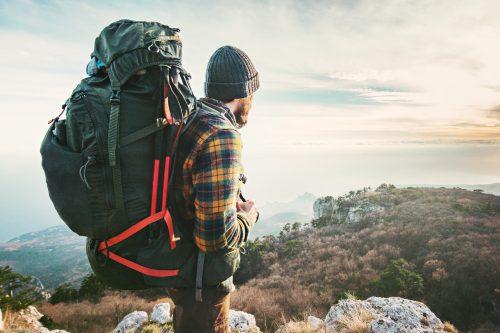 Zoptymalizuj swój plecak – jak go spakować, wyregulować i zmniejszyć jego masę