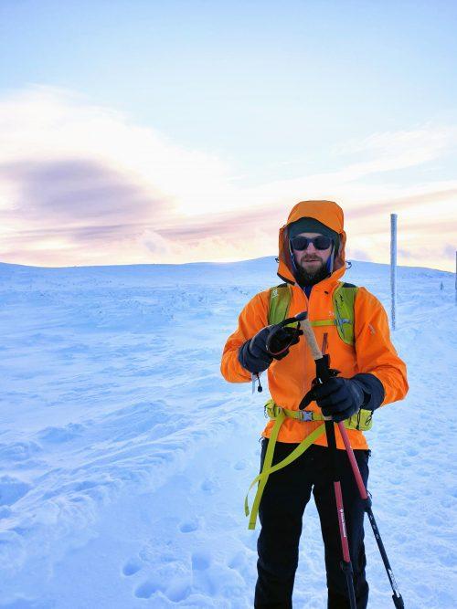 Kurtki trekkingowe – jak wybierać i jakie modele polecamy