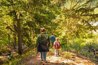 Trekking z dziećmi – jak go przygotować i co wziąć pod uwagę
